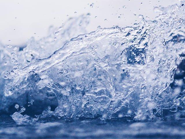 撮影された水
